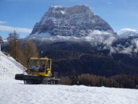 snow rabbit 3x поднимается в гору